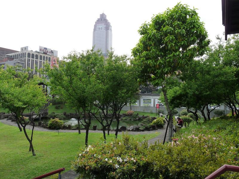 TAIWAN . TAIPEI,un dimanche après midi - P1160649.JPG