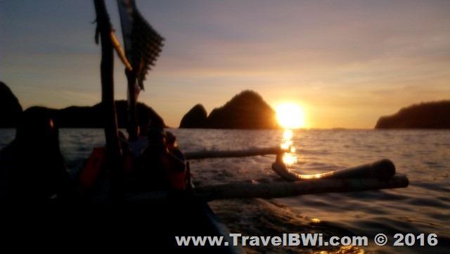 Paket Tour Wisata Travel BWi Banyuwangi - Sunset Wedi Ireng