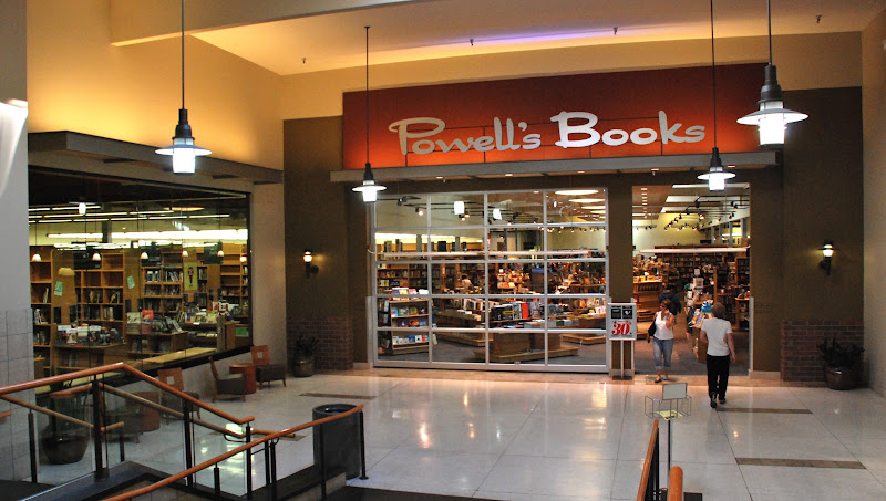 Powell's_Books_at_Cedar_Hills_Crossing,_mall-interior_entrance