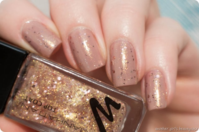 Nails Silvester Sparkling Nude Signature Nude Manhattan Swatch