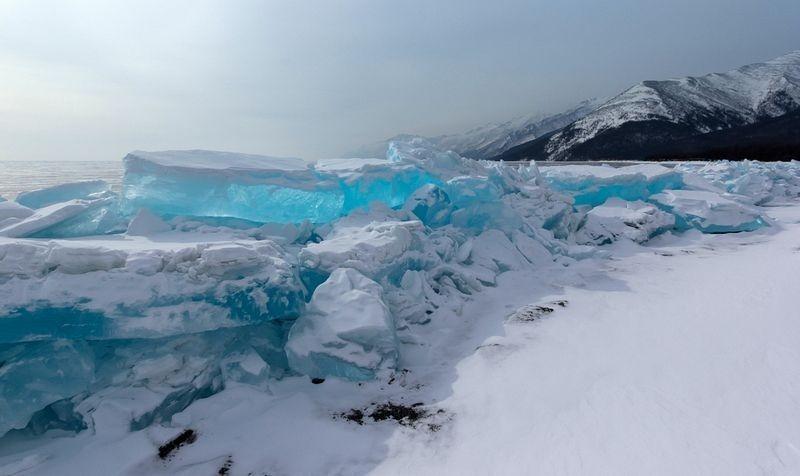 lake-baikal-ice-4