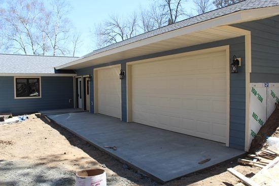 Garage Apron