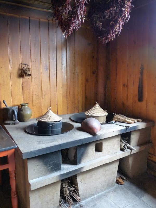 CHINE.YUNNAN.KUN MING Village des minorités 2 - P1270693.JPG