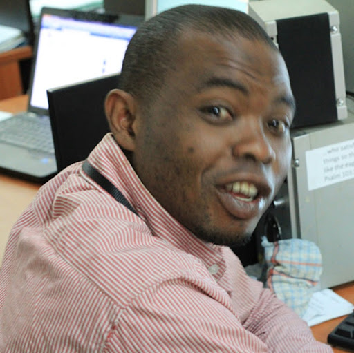 Victor Adeyemi Photo 13