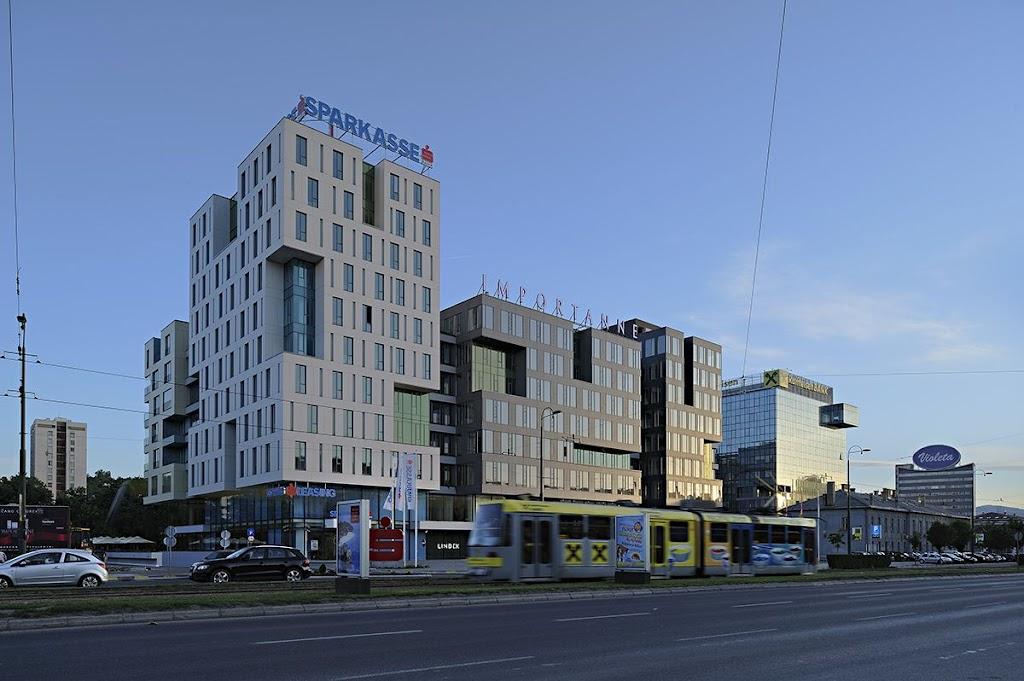 Immportane center, Sarajevo, Bosnia.jpg