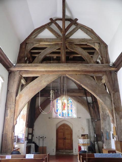 CIMG6185 St Mary Magdalene church, Cowden