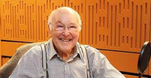Graeme Murray Walker Net Worth, Income, Salary, Earnings, Biography, How much money make?