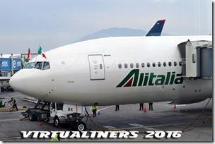 SCL_Alitalia_B777-200_IE-DBK_VL-0015