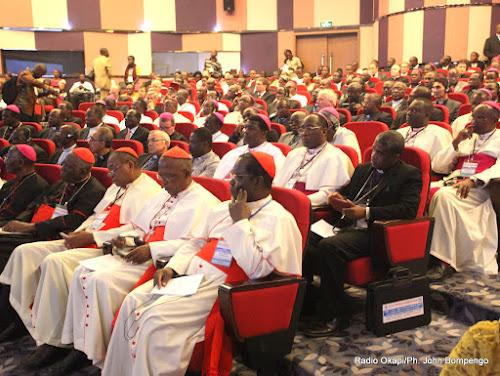 Des évêques lors du 16èm assemblée plénière du Symposium des Conférences Episcopales d'Afrique et Madagascar(Secam) le 9/07/2013 à Kinshasa. (Ph. John Bompengo/Radio Okapi)
