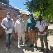 Comision del INVI realiza levantamiento en Vicente Noble de pisos de tierra para sustituir en cemento.