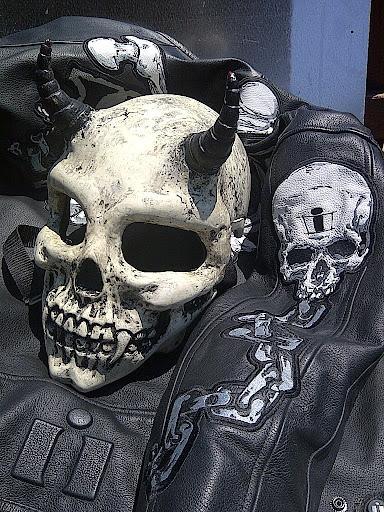 Custom Sculpted 3D Graphics for your chopper, bobber, Harley, Sport/Touring, Helmets, and even scooters! http://www.deviltaildesigns.com  http://www.facebook.com/deviltaildesigns