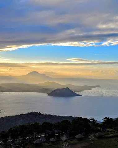 Tagaytay City: Home of the World's smallest active Volcano