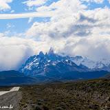 E lá estão os montros,  chegando a El Chaltén, Argentina