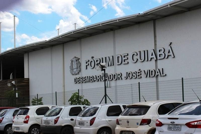 21_-_fachada_forum_de_cuiaba