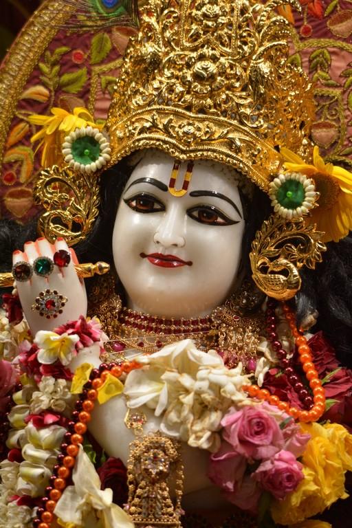 ISKCON Juhu Deity Darshan 28 Mar 2016  (15)