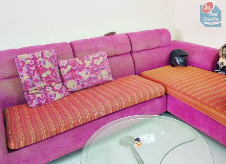0939506439 - Căn hộ Central Garden 2 phòng ngủ giá hợp lý, trung ... Sofa-phong-khach-Central-Garden1