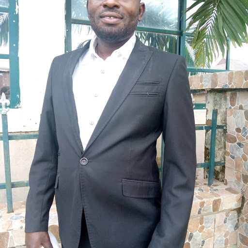user Emmanuel Tersoo apkdeer profile image
