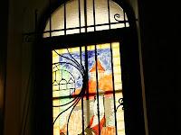 Stilizált Mátyás alak az ablakon.JPG