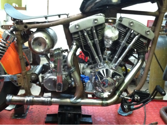 The Pound and Ground: Biltwell DIY 2-1 stepped exhaust and