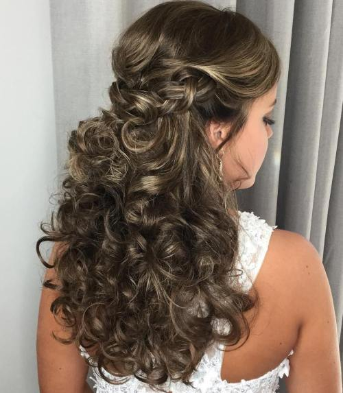 How about curly bridal hairstyles for your big day? 6
