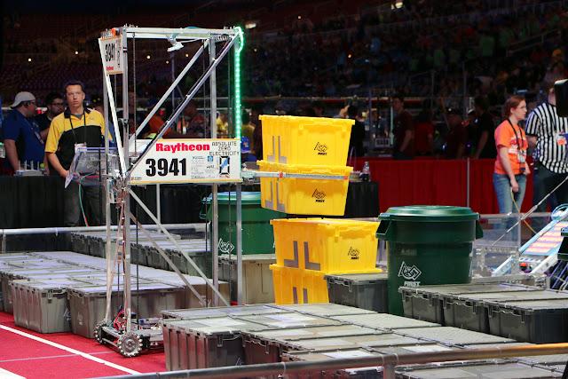 FRC World Championships 2015 - 20150424%2B10-41-00%2BC70D-IMG_2494.JPG