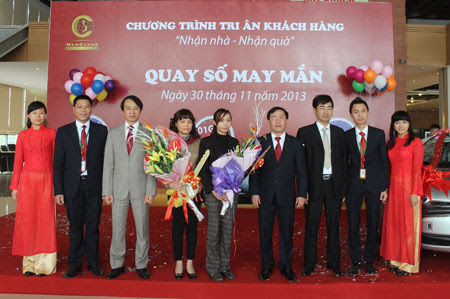 bàn giao sổ đỏ cho cư dân Dương Nội