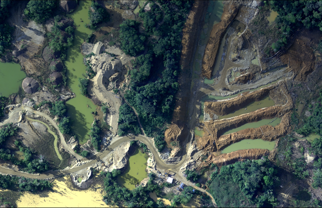 Aerial view of illegal gold mining in the Peruvian Amazon, taken between 7 August 2018 and 9 August 2018. The Peruvian Air Force has captured more than 20,000 images that show how the Amazon rainforest is being destroyed. Photo: Center for Amazonian and National Vigilance (CEVAN) of the Peruvian Air Force