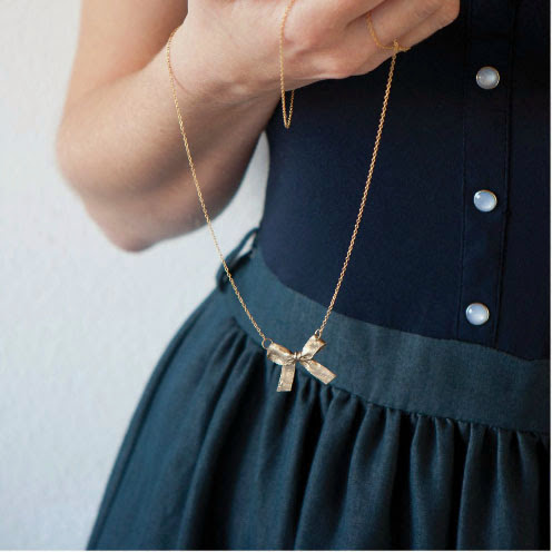diy bow necklace by Oh lovely things