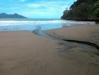 Pantai Njorok Trenggalek