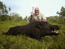 Mr Friedrich from Germany was lucky enough to hunt this huge wild boar with long curling tusks at Carmor Plains  during April
