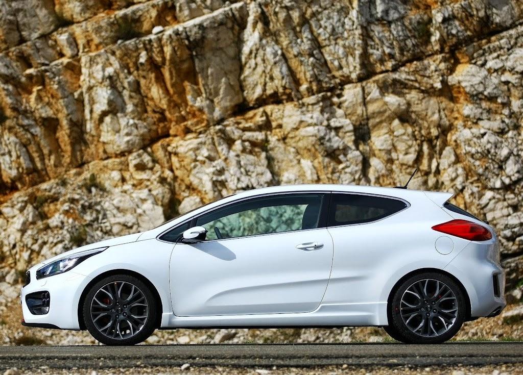 Yeni-Kia-Pro-Ceed-GT-2014-21