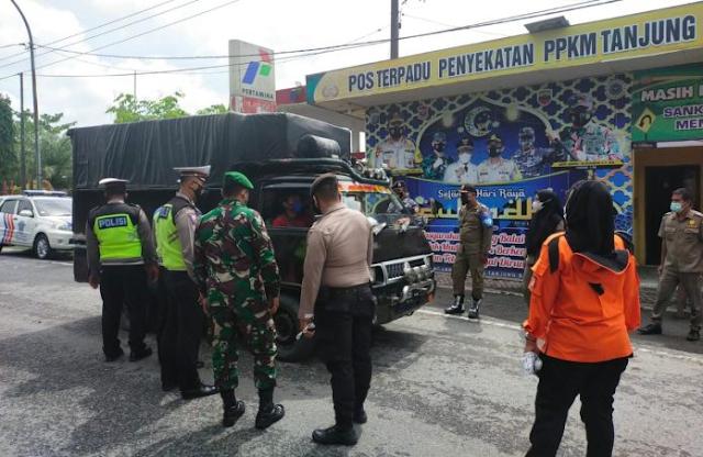 Personel Polres Tanjungbalai Bersama Pemko Dan TNI Gelar Ops Yustisi