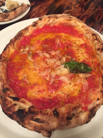 Marinara pizza from Bacar in Okinawa. It is so garlicky and delicious. It doesn't matter that there's no cheese!