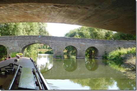 2 pershore bridges