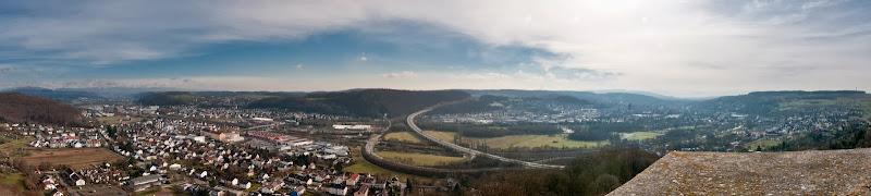 Blick von Burg Rötteln auf Wiesental, Dinkelberg und Lörrach