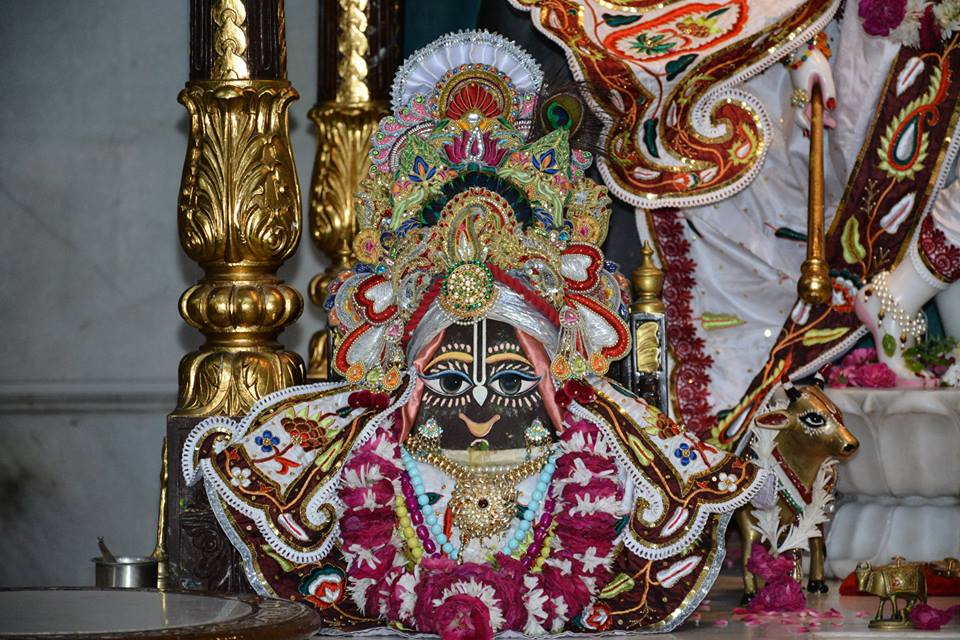 ISKCON Ujjain  Deity Darshan 22 July  2016 (11)