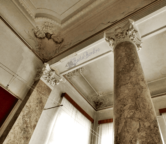 interior palatul ghika comanesti