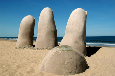 "Resultado de imagem para Locals just call it La Mano, ""The Hand."" IN URUGUAY"