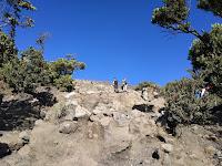 Kenapa Mendaki Gunung Selalu Asyik Walau Itu Berat