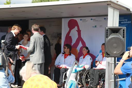 Verabschiedung zu den Paralympics (29.08.-09.09.2012) in London (GB) während der BG-Kliniktour 2012.