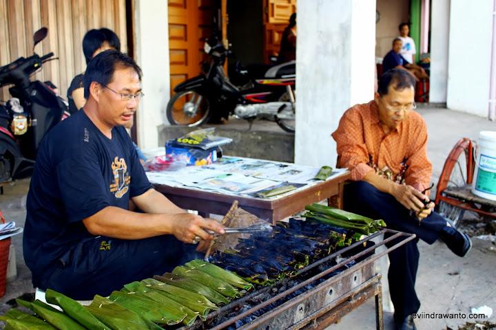 Kue Lompong Sagu – Jurnal Evi Indrawanto