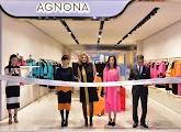 2014.11.29_Triệu Vy dự lễ khai trương gian hàng thời trang Agnona tại Bắc Kinh