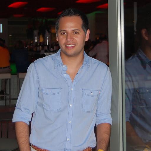 Fernando Yanez Photo 18