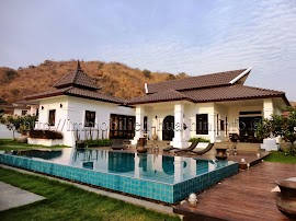 AHP3408_Balinesische_Villa_Hua-Hin_01-.jpg