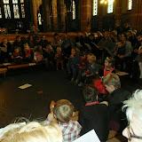 Kindje wiegen St. Agathakerk 2013 - PC251121.JPG