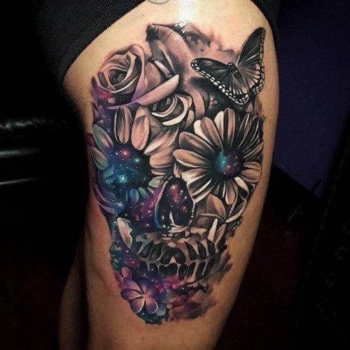 este_criativo_floral_tatuagem_de_caveira