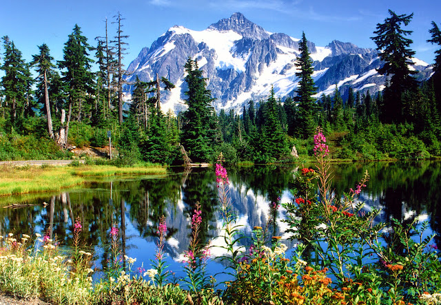 Mt Shuksan - Picture Lake / Credit: Bellingham Whatcom County Tourism
