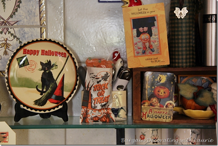 Halloween Decor right side of shelf over range