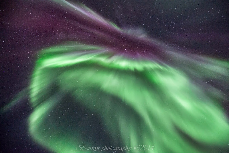 The Magic Green Light in Arctic Norway. Photographer Benny Høynes