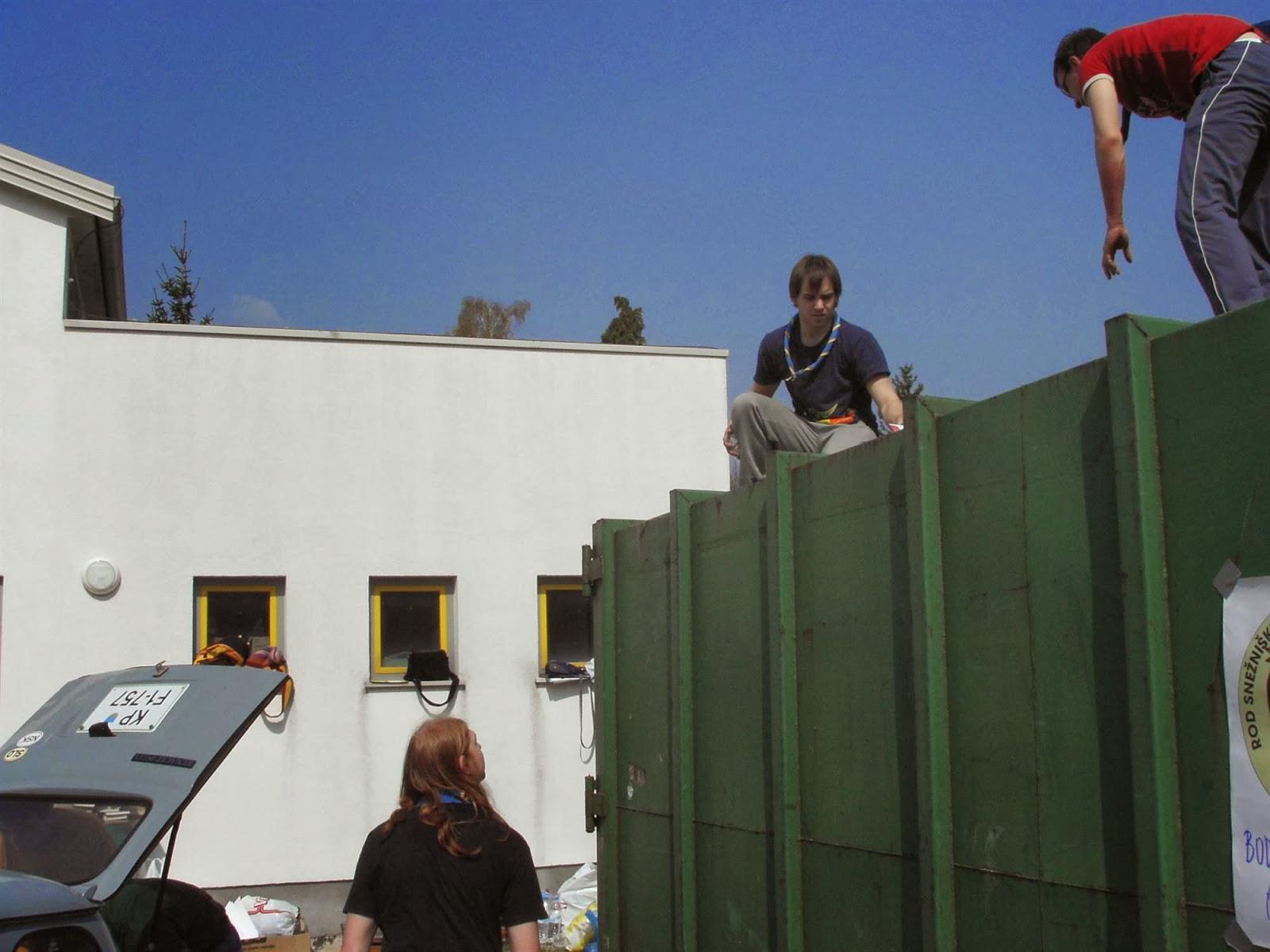 Zbiranje papirja, Ilirska Bistrica 2006 - KIF_8357.JPG